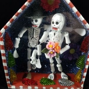 Mexican Day of the Dead Skull Groom Bride Goth Box
